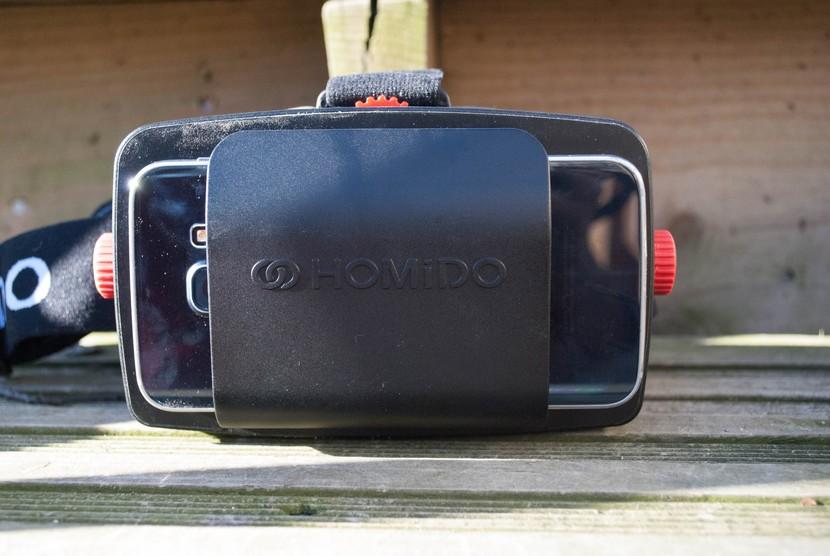 Гарнитура виртуальной реальности Homido