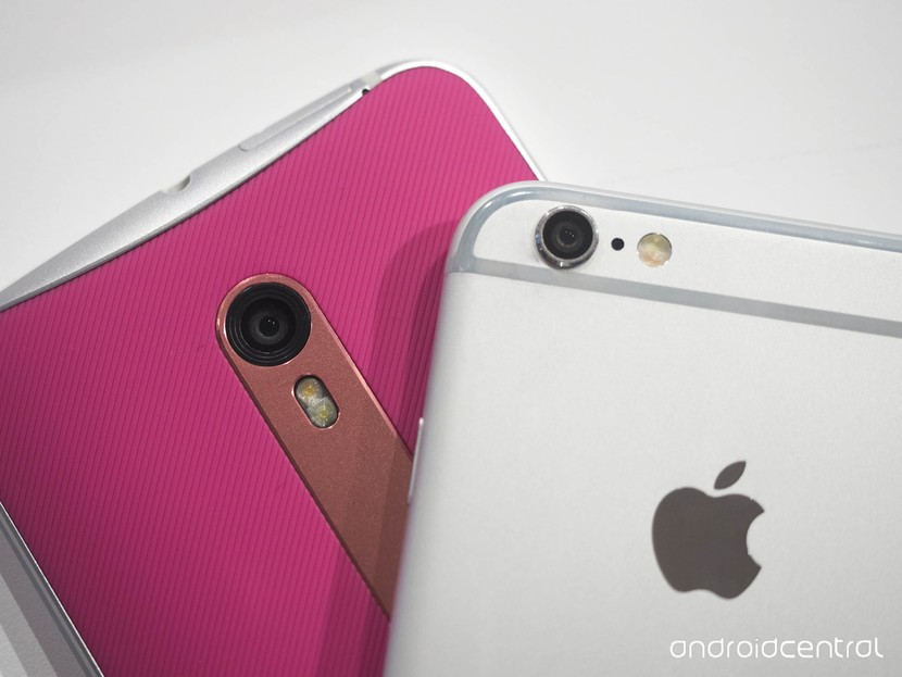 iPhone 6 против Moto X Style: спины