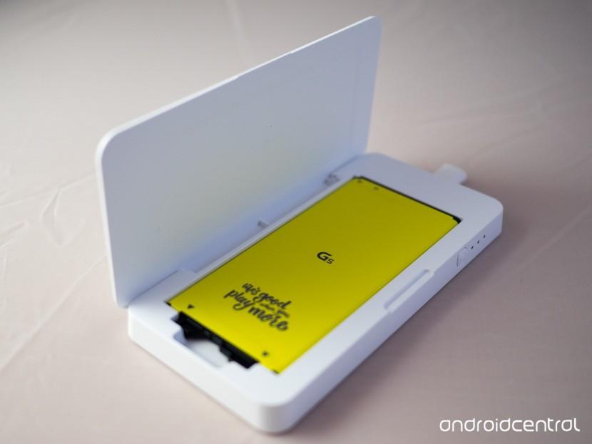 LG G5 запасное зарядное устройство