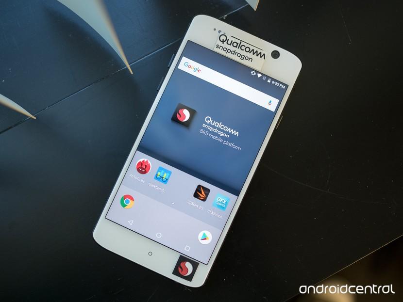Базовое устройство Snapdragon 845