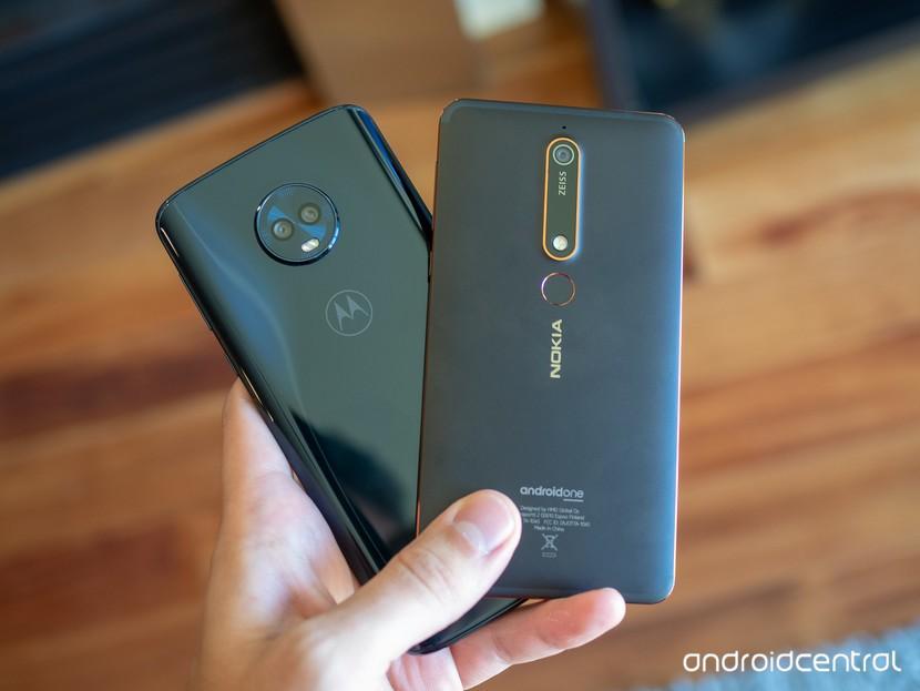Nokia 6.1 и Moto G6 Plus