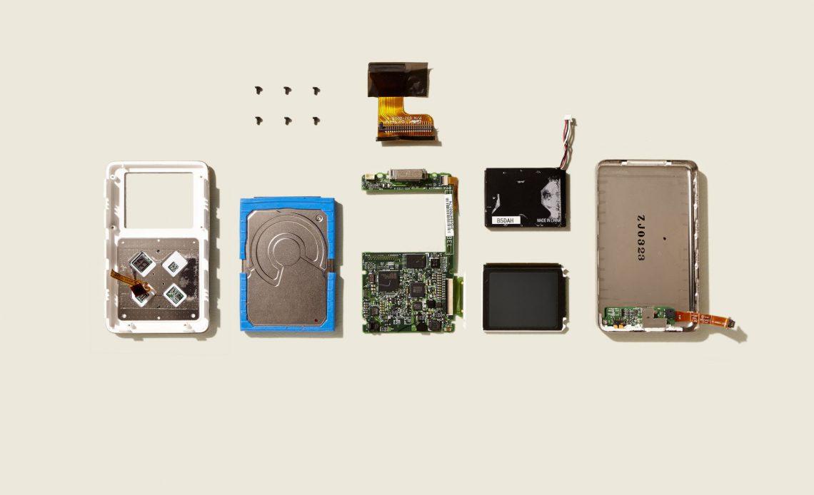 Разобранный iPod