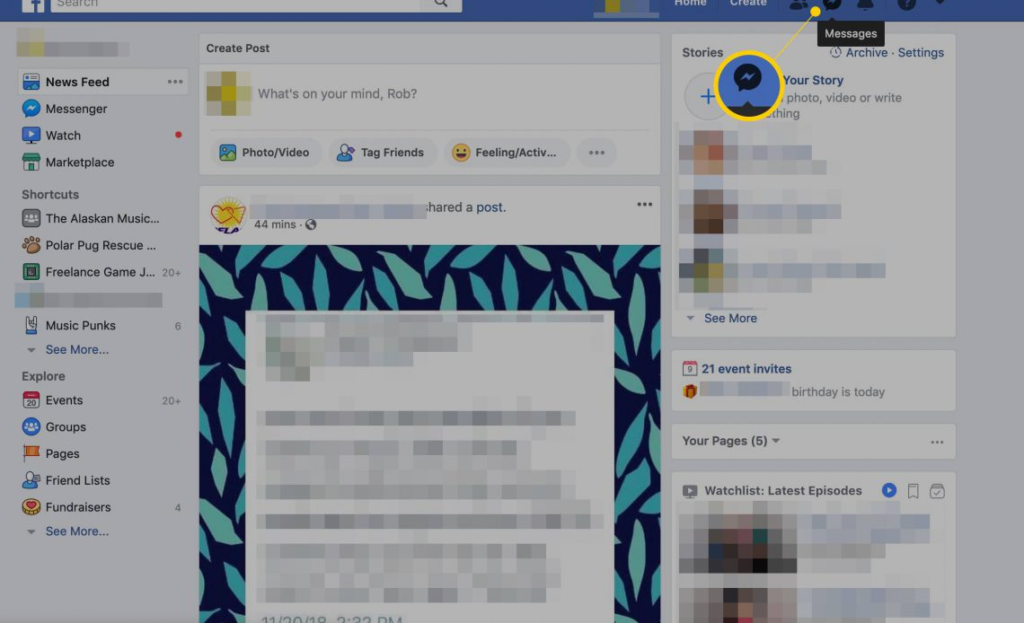 Сообщения на главной странице Facebook