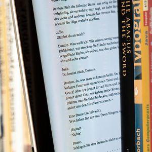 Лучшие 10 бесплатных или очень дешевых электронных триллеров [MUO Book Club]