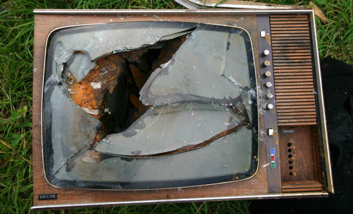 Как умирает традиционное телевидение, не был взломан Dropbox и многое другое ... [Tech News Digest]