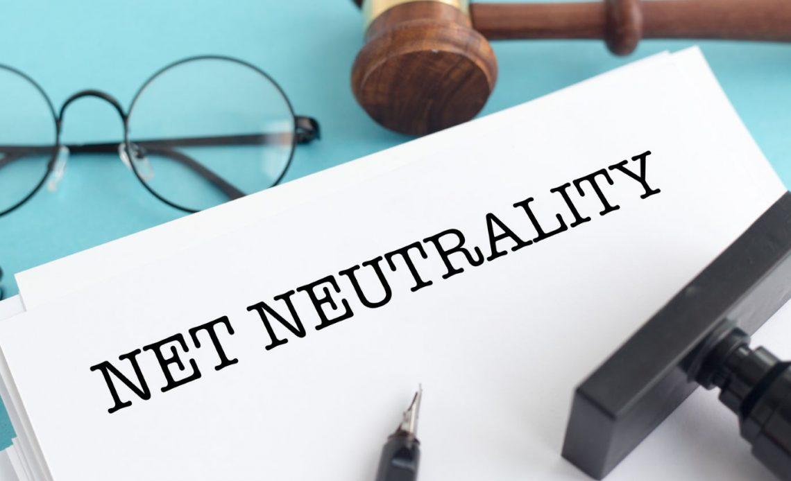 Бесплатный Интернет требует 2 минуты вашей помощи прямо сейчас