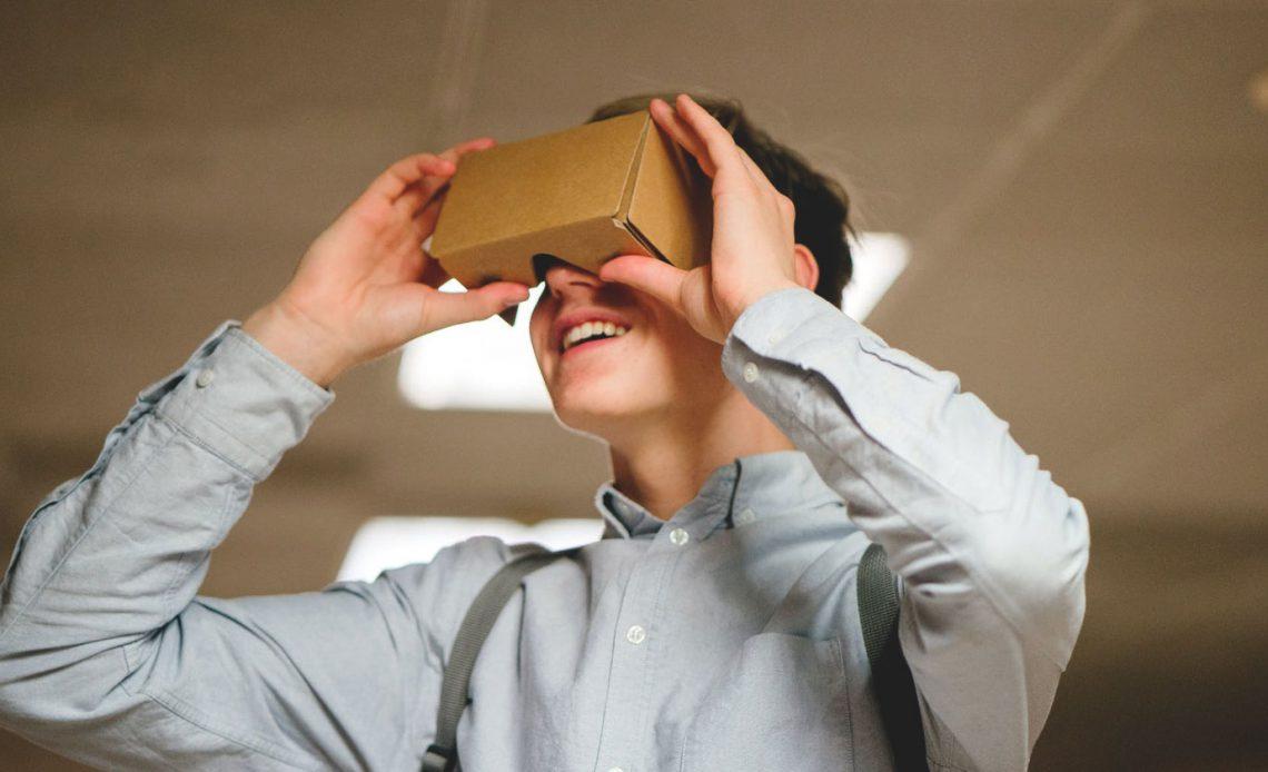 Как сделать свою собственную виртуальную гарнитуру Google Cardboard VR